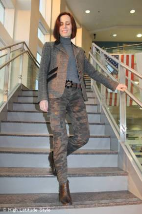 #over40fashion Mature casual outfit with blazer, camouflage pants, sweater and booties