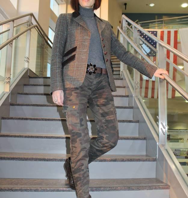 #fashionover40 #fashionover50 How to wear plaid over40: example plaid blazer with cargo pants @ High Latitude Style @ http://www.highlatitudestyle.com