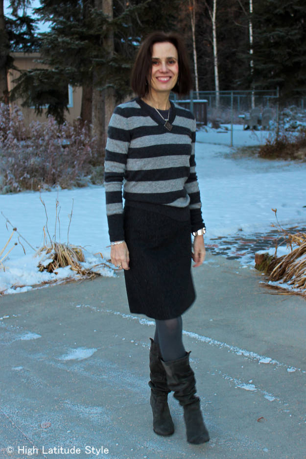 monochromatic inspired work outfit worn by over 50 years old blogger