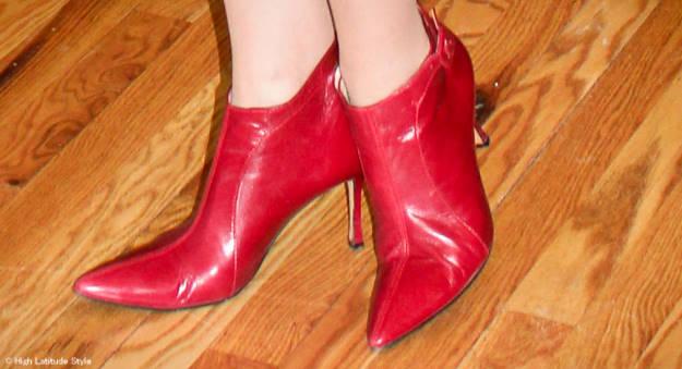#maturestyle Manolo Blahnik booties 101 reasons to wear heels @ High Latitude Style