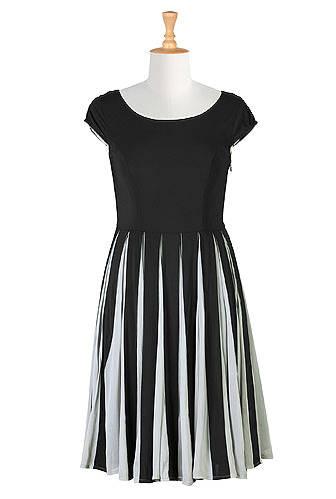 #midlifefashion posh spring trend: black and white