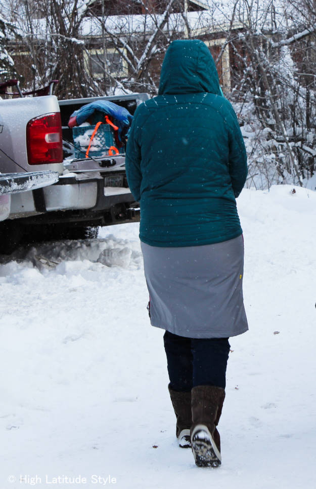 Woman in #Alaska #streetstyle at the Iditarod @ http://wp.me/p3FTnC-33o