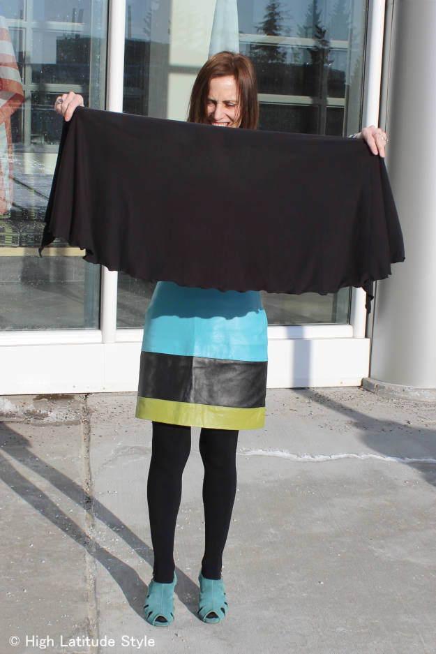 #ChillyJilly wrap c/o demonstration of the size of Chilly Jilly