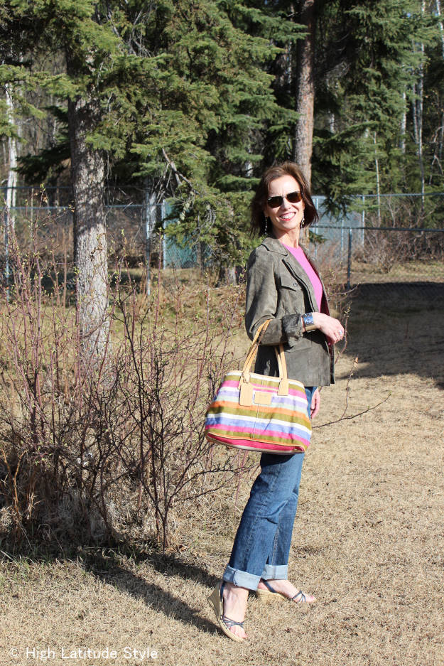 #fashionover50 casual outfit for exploring a town