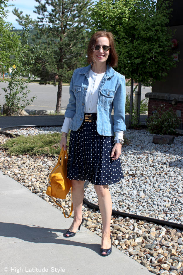 #fashionover40 chic look for evening sightseeing after a conference