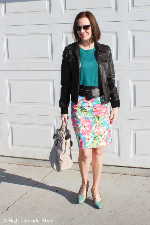 #maturefashion blogger style in April