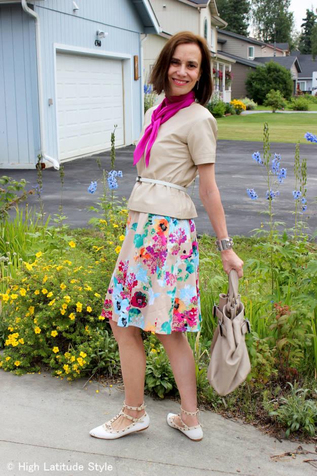 #midlifefashion lady wearing a dress as skirt