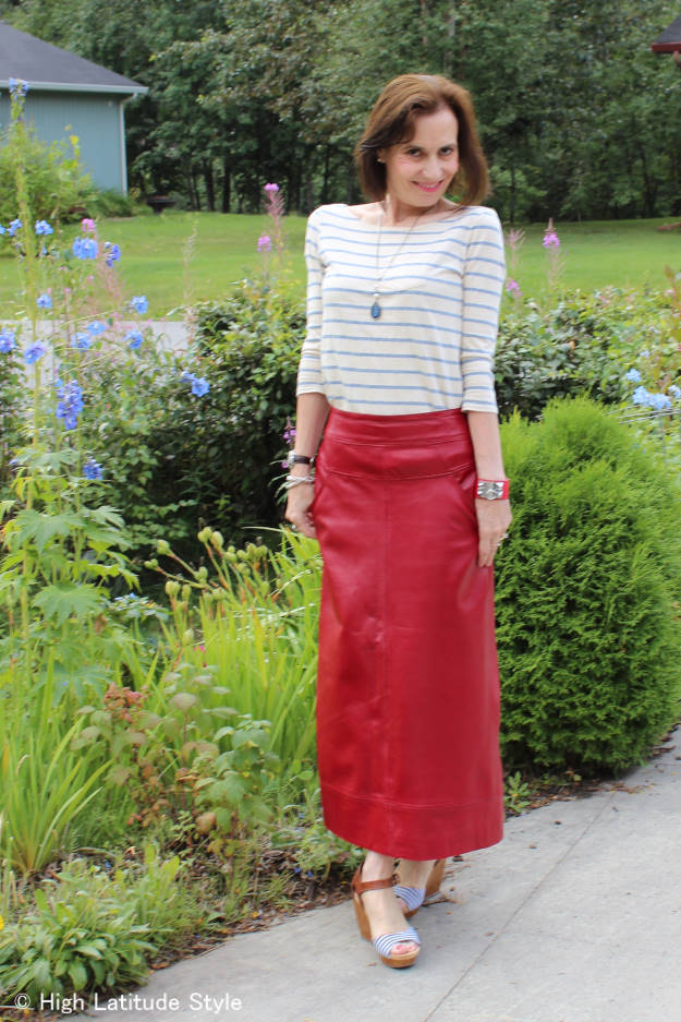 #fashionover50 woman in maxi leather skirt