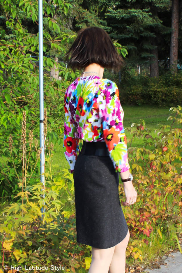 #fashionover50 mature woman in tweed with floral work outfit