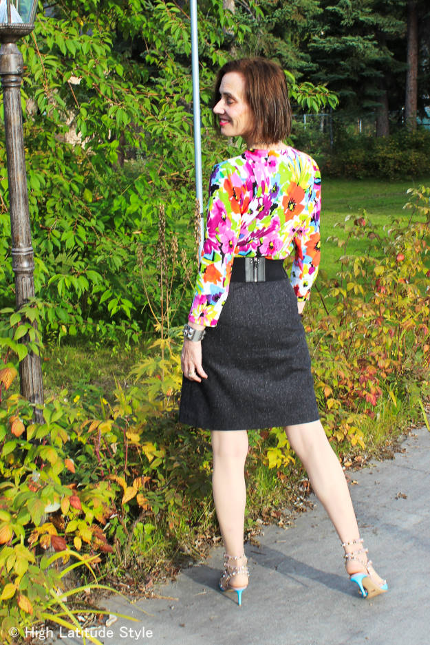 #fashionover40 #fashionover50 back view of fall work outfit | High Latitude Style | http://www.highlatitudestyle.com