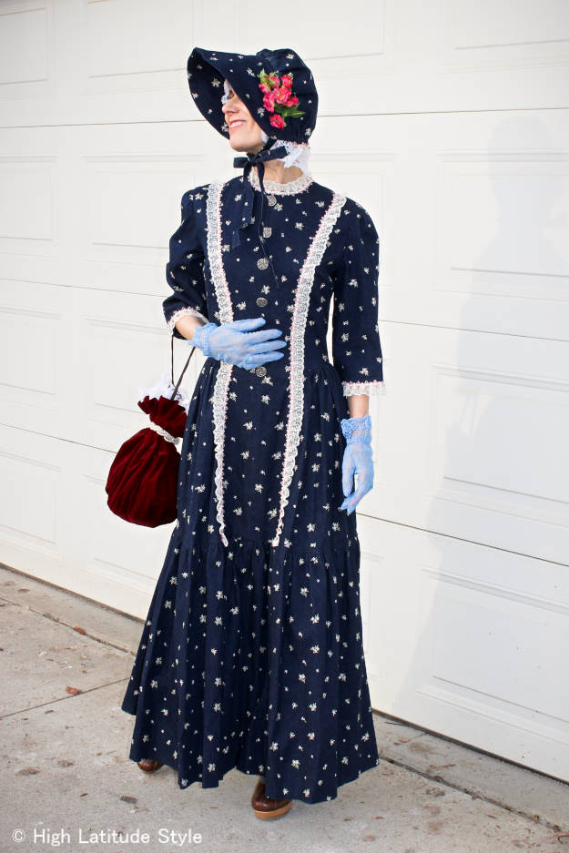 #fashionover50 adult woman in a Halloween pioneer costume