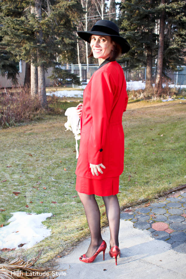 #wearingmyweddingdress #fashionover40 #fashionover50 details on the sleeves of my wedding dress