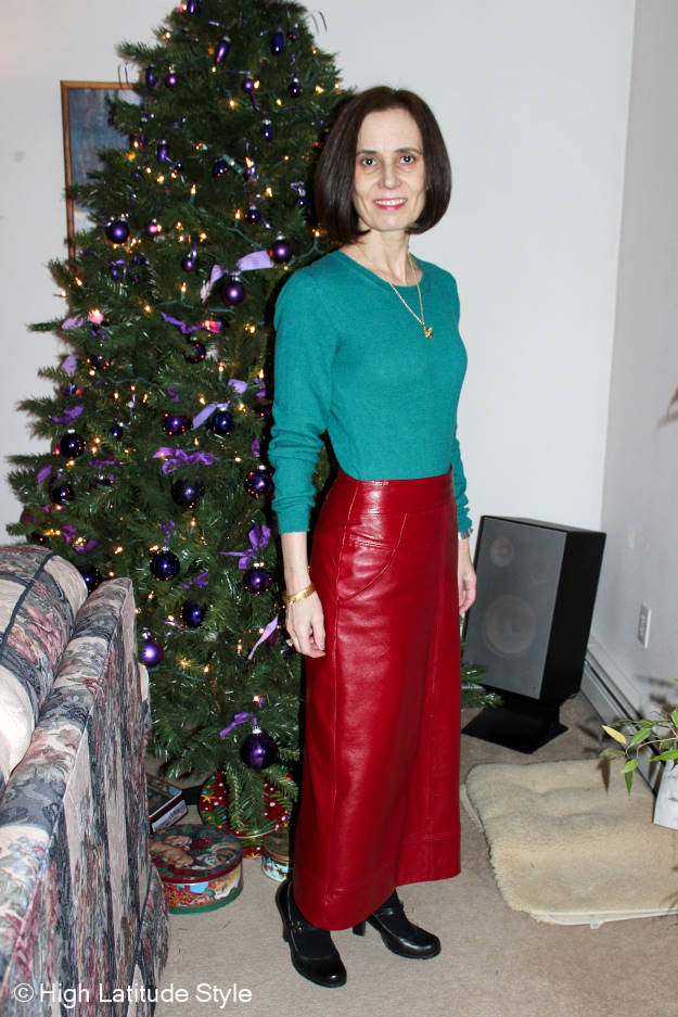 #fashionover40 Nicole wearing an outfit inspiration for Christmas