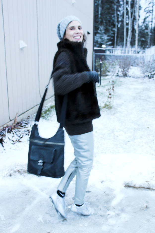 #winterstyle fashion blogger staying warm in winter