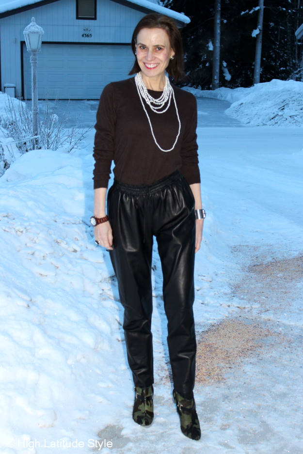 #recap best OOTM and best posts blogger in leather joggers with sweater