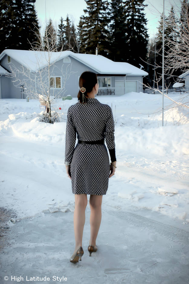 #maturefashion back view of printed wrap dress @ http://www.highlatitudestyle.com