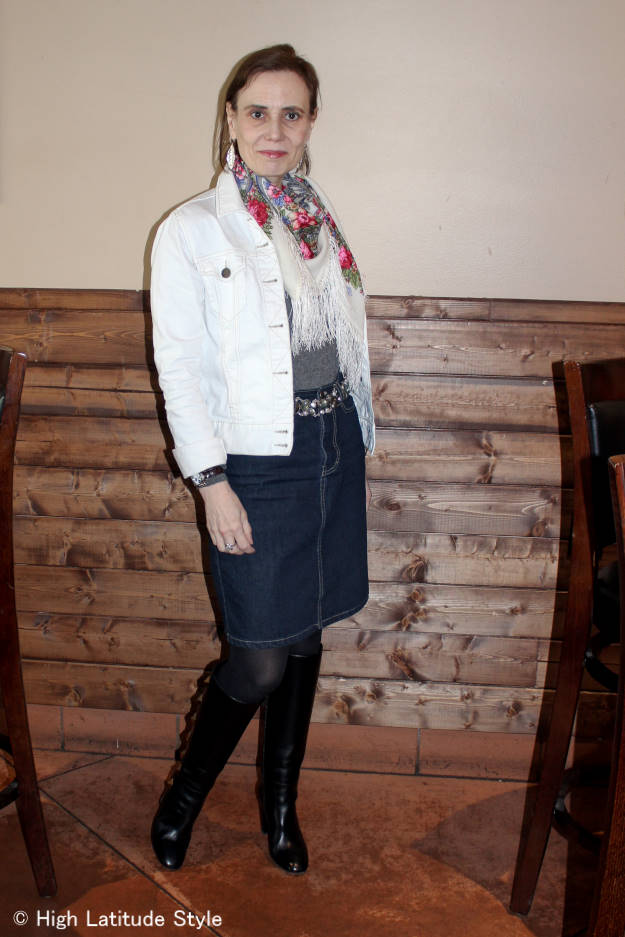 #fashionover40 Casual Alaska spring work outfit @ High Latitude Style