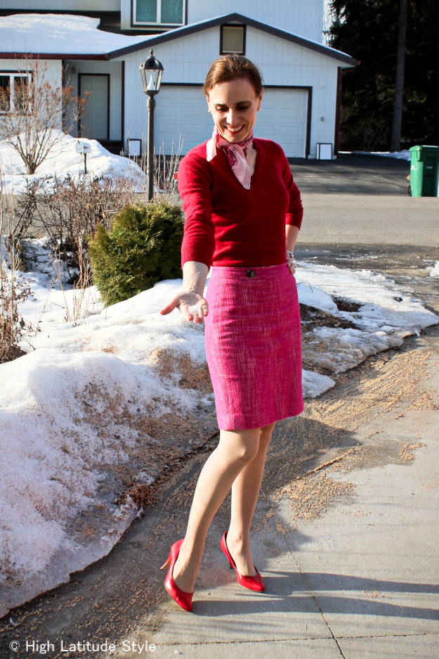 pink and red work outfit for a great entrance