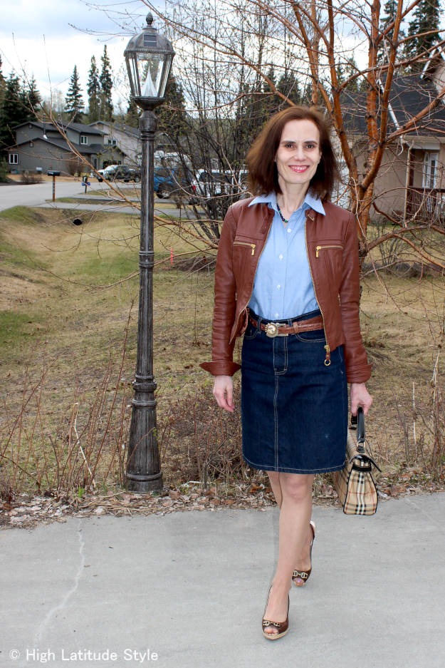 #fashionover40 style blogger in posh casual Friday outfit