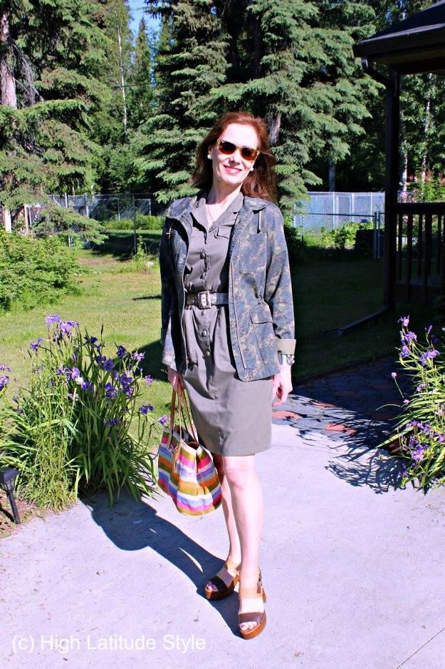 #AgelessStyle mature woman in urban safari look