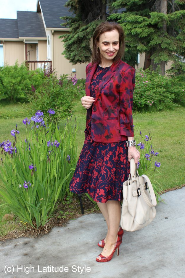 #maturefashion Floral dress and dyed blazer