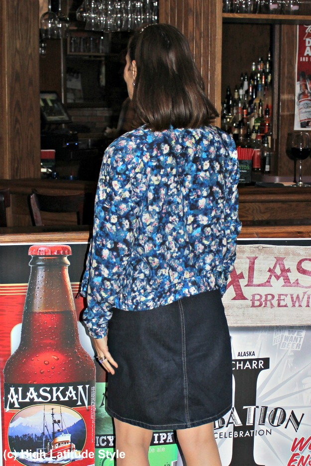#fashionover50 back view of woman in casual work outfit