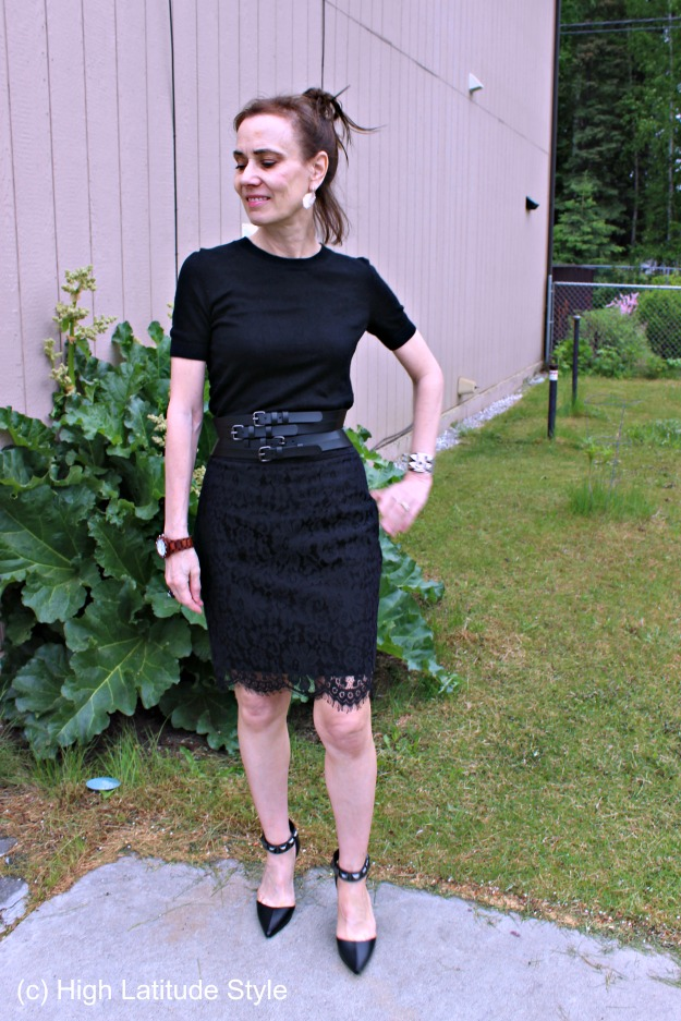 midlife woman in dinner vacation outfit