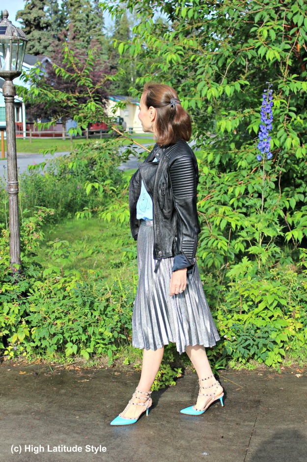 #maturestyle 50+ woman wearing street style