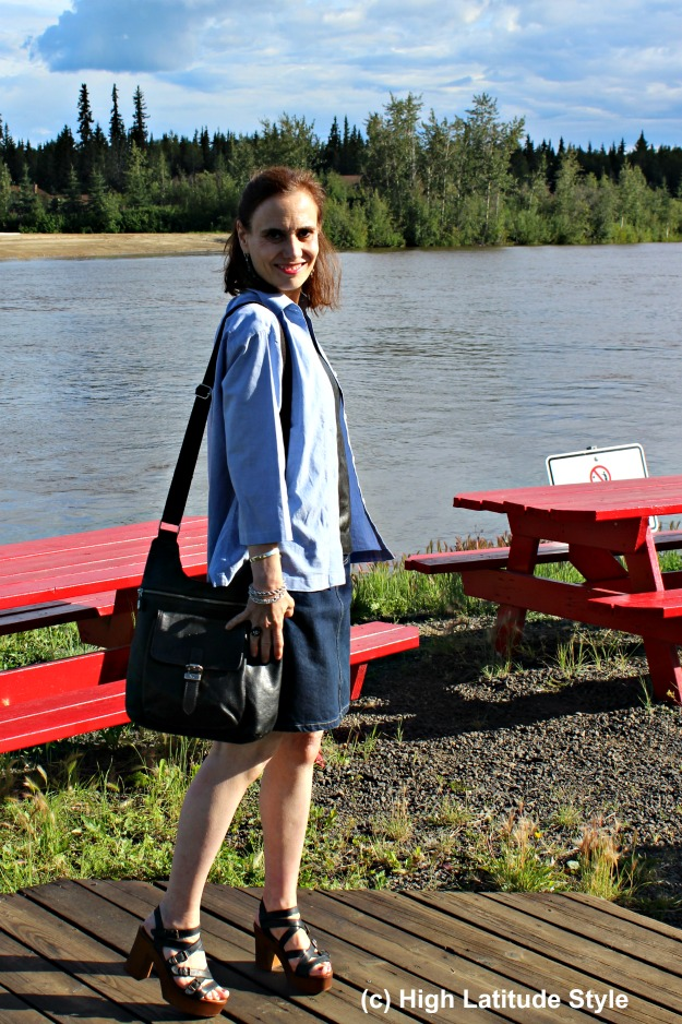 #Fashionover50 mature fashionista in weekend look at the Chena River