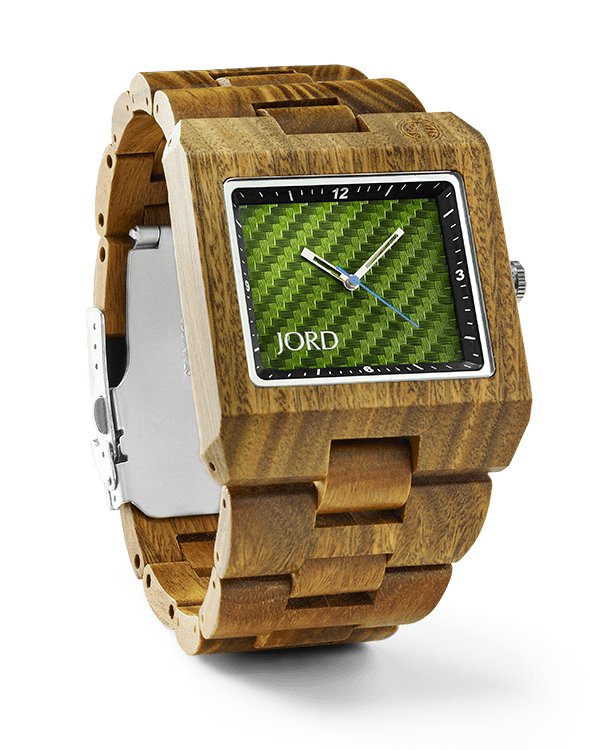 #uniquewatch Delamr wood watch with green carbon dial