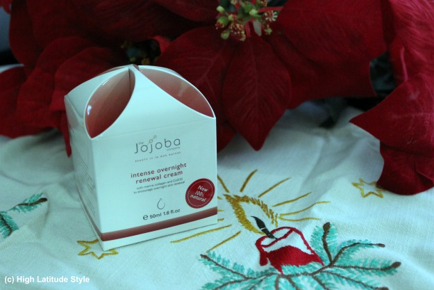 #beautyover40 Jojoba intense overnight renewal cream  package