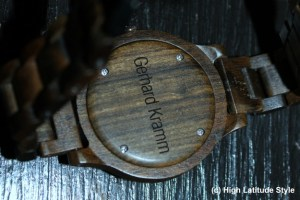 Read more about the article Give Happiness with an Engraved Wood Watch