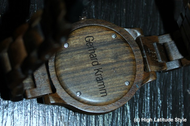 #engravedgift wooden watch with name engraved