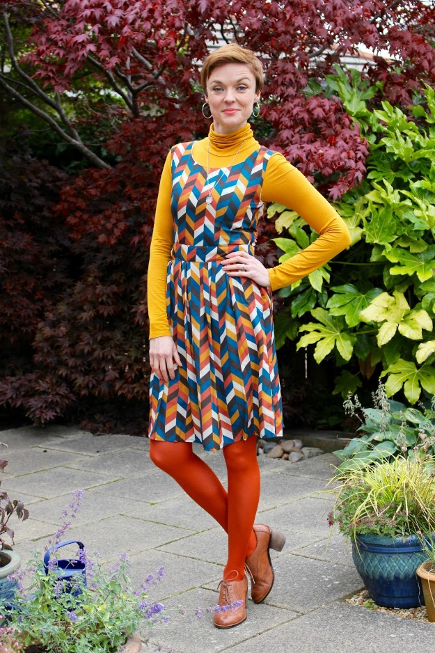 #over40fashion Samantha wearing a summer dress in fall