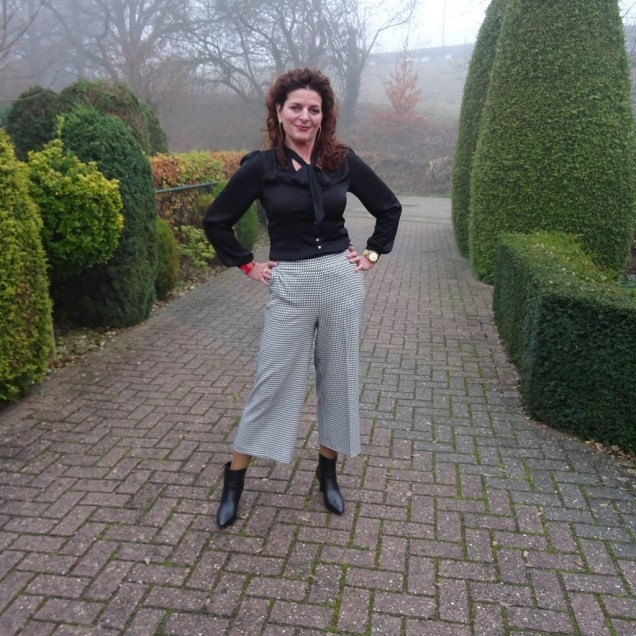 Top of the World Style #linkup cohost Nancy