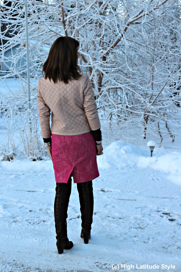 #fashionover40 over 50 years old blogger in casual winter office outfit