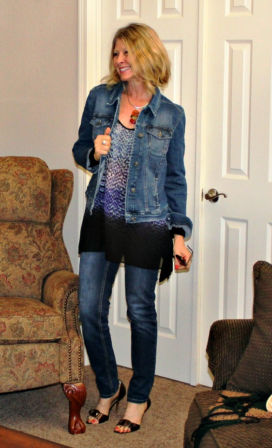 mature fashion posh casual denim-on-denim spring outfit