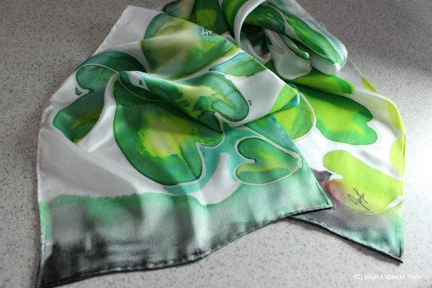 #UnoAllaVolta hand-painted Shamrock scarf