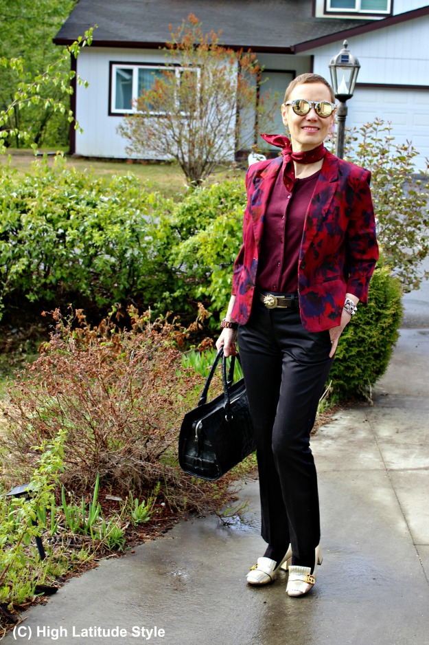 #styleover50 style blogger in business casual work outfit with #Winkwood sunnies