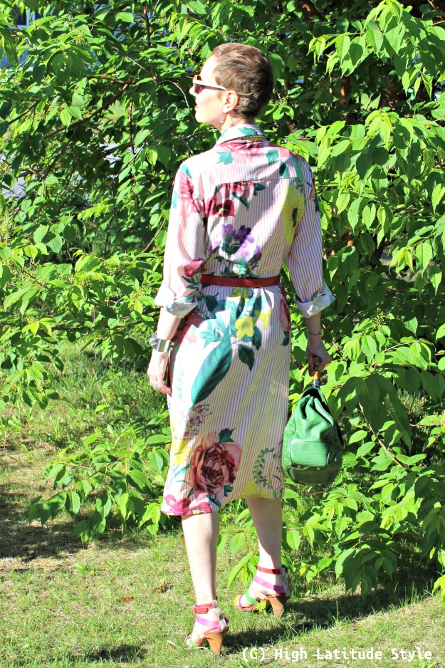 #maturestyle midlife woman in summer look