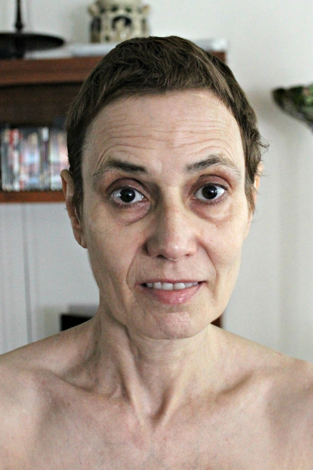 #beautyover40 face without makeup before use of Zenmed products