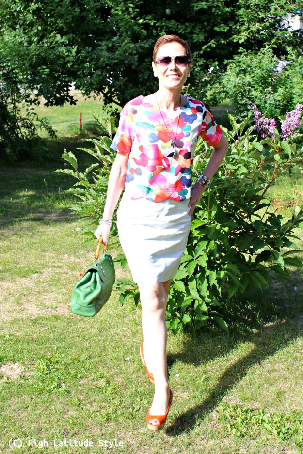 #styleover50 petite woman in summer work outfit with pieces from a store that targets Millennia