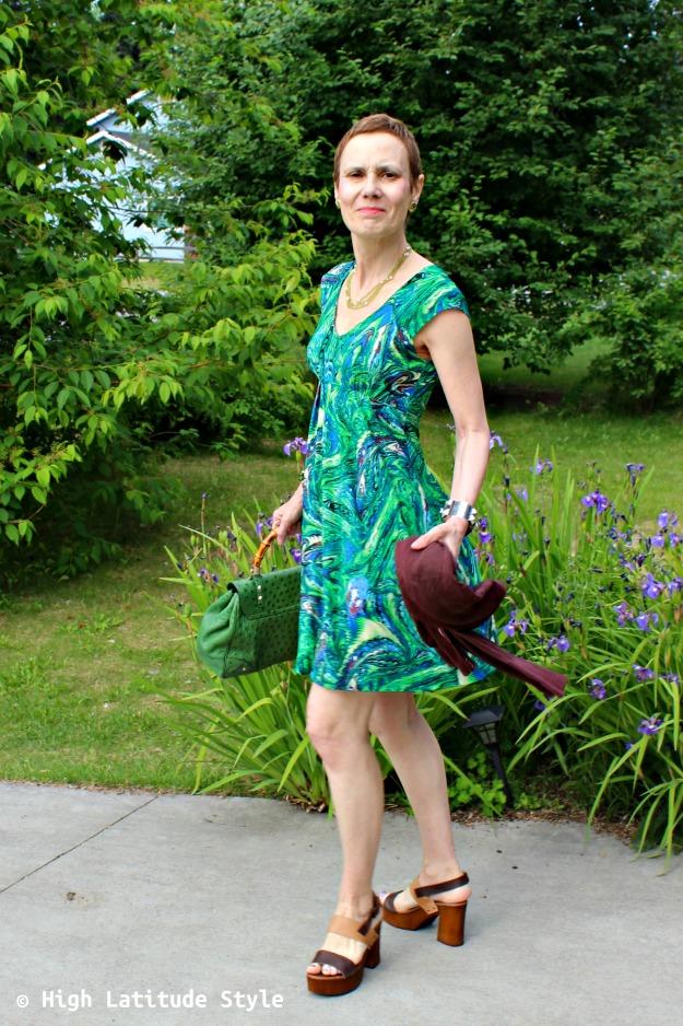 #advancedfashion woman in green summer dress