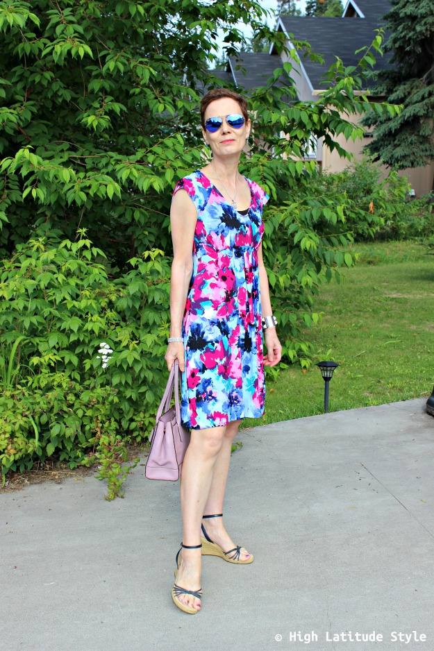 fashion blogger in print dress