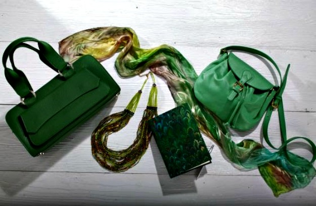 #advancedstyle Uno Alla Volta artisan made bags, jewelry and scarf