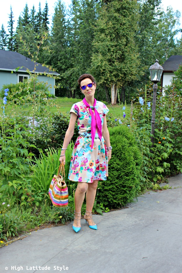 fashion blogger over 50 in work outfit