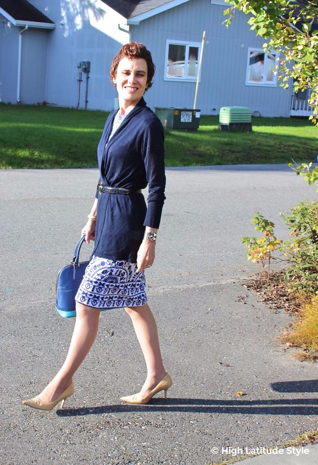 #fashionover50 midlife woman in blue and white dress with cardigan work outfit