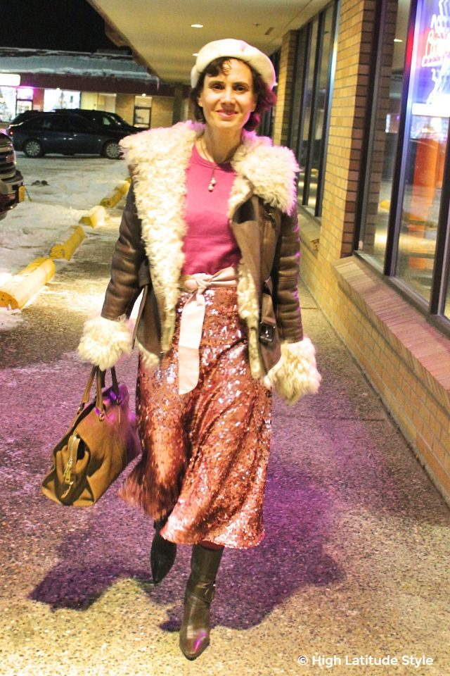 #fashionover40 blogger wearing an outfit in brown and pink
