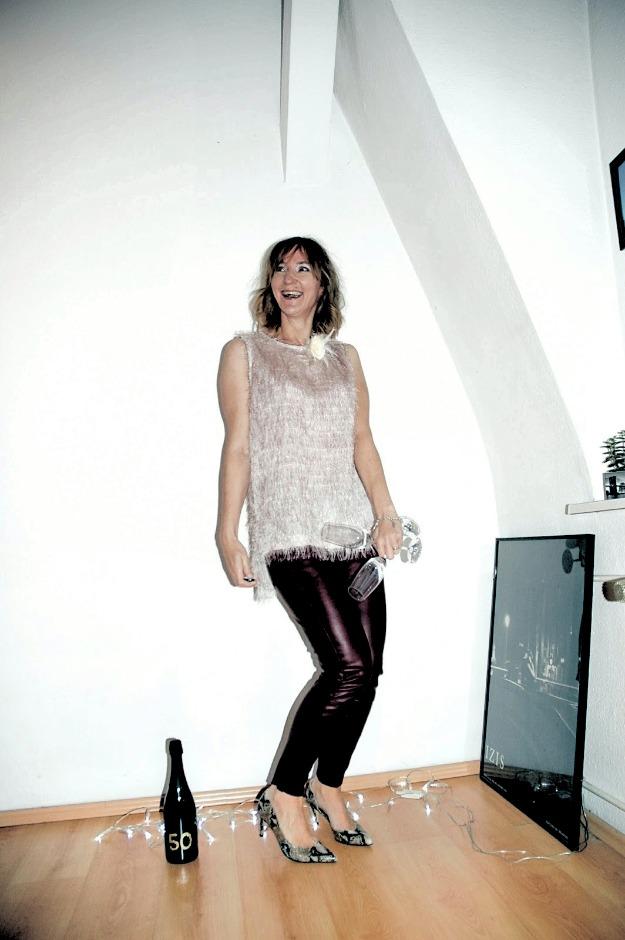 #fashionlinkup Top of the World Style Winner Sabina Brauner