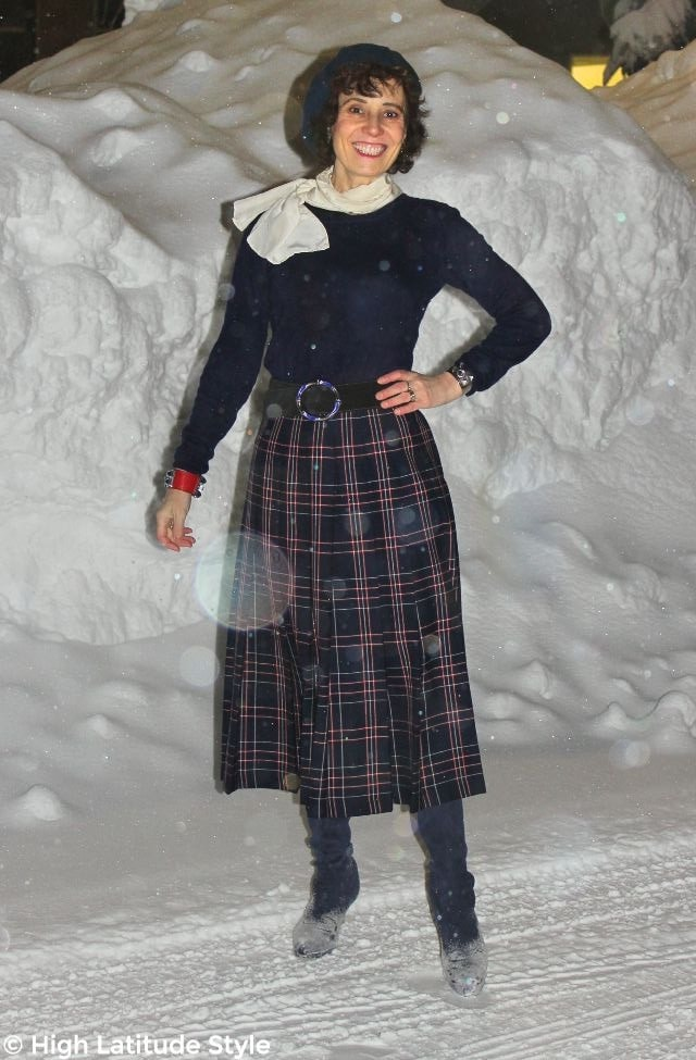 #advandedstyle woman looking stylish in a cold weather office look with skirt